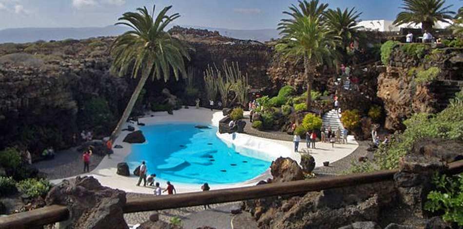 Los Jameos de Agua, una specie di giardino delle delizie che è una perfetta fusione tra il mondo naturale e quello artificiale