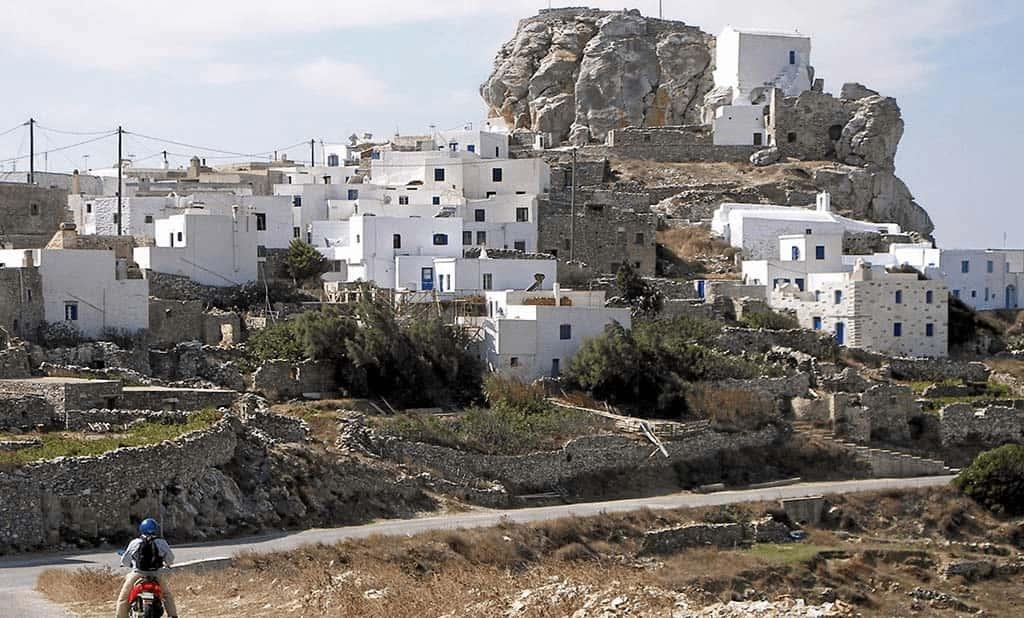 La macchia bianca della Chora di Amorgos