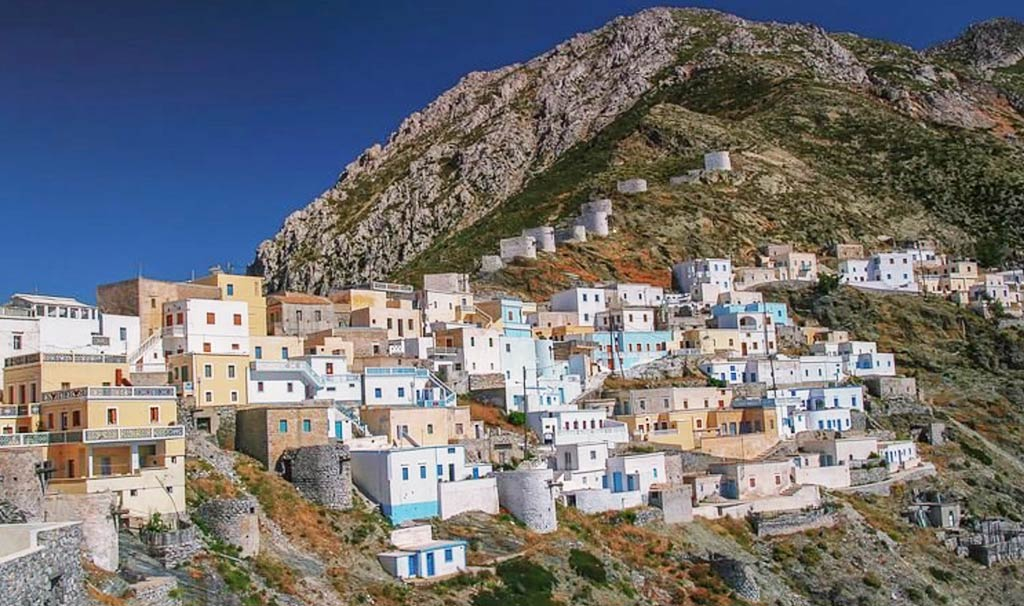 Karpathos l'avventurosa strada panoramica che collega il capoluogo al villaggio di Olympos