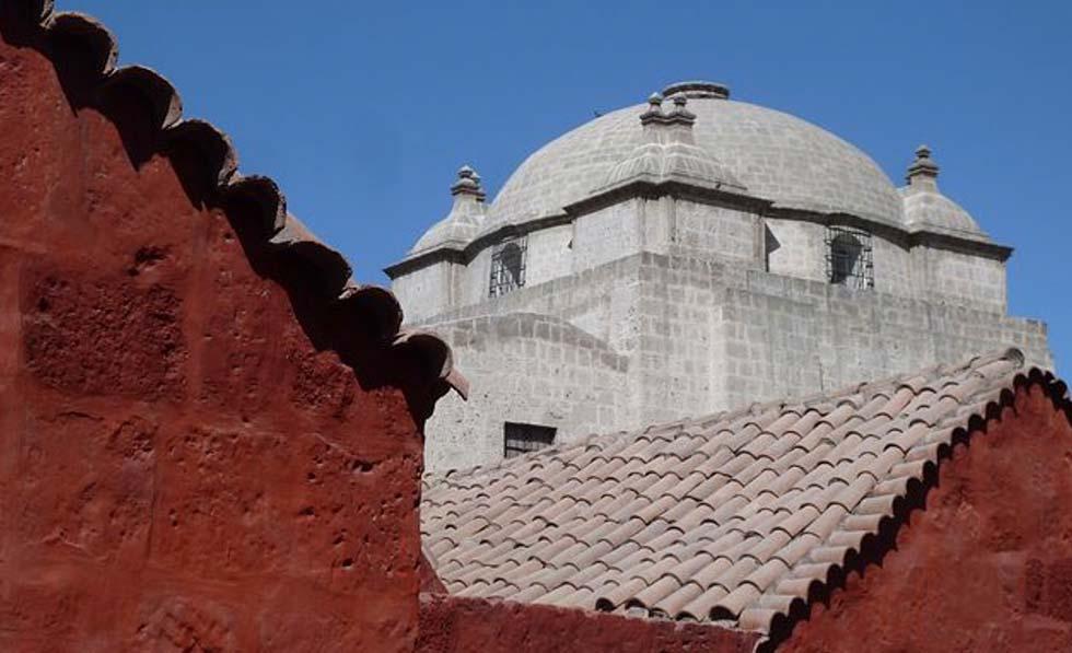 Arequipa, sotto le volte del convento