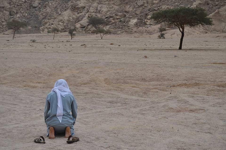 Turismo, politica e preghiera