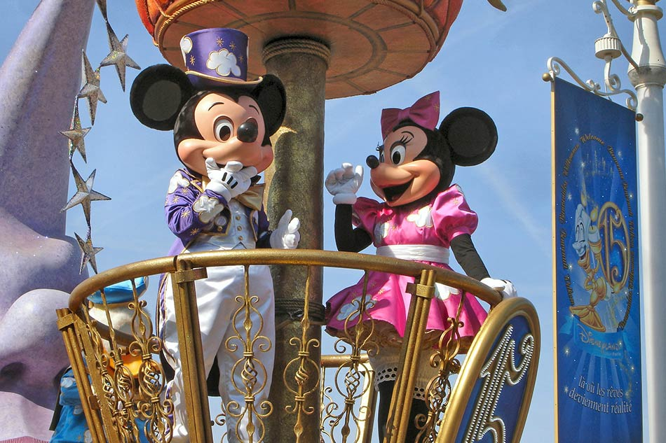 Ovunque giravano i personaggi di Disney, si potevano fare le foto con loro