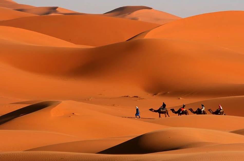 assistere a un'alba e a un tramonto sulle dune di Merzouga