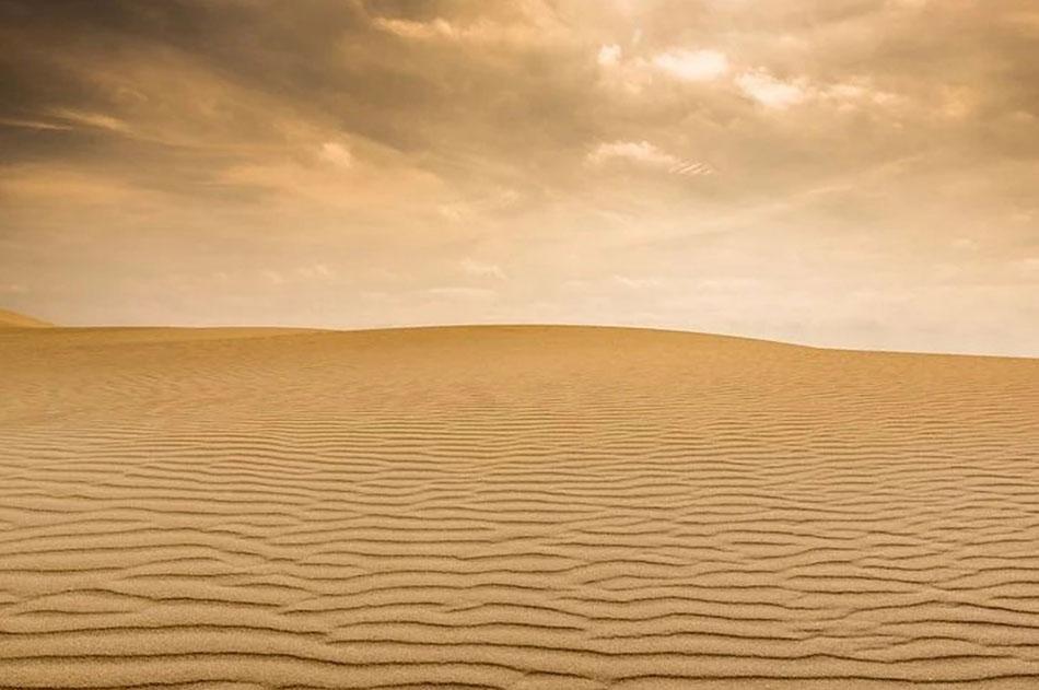 Sahara significa il deserto più grande, il vuoto più esteso