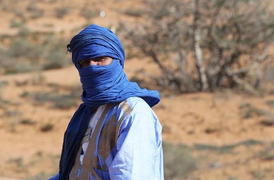 """I Tuareg rappresentano l'icona e il paradigma di questo concetto, """"le loro carovane da lontano sembrano un corteo..."""