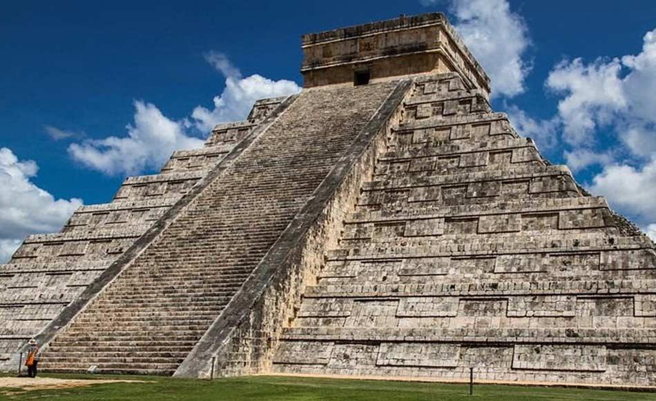 I Maya erano un grande popolo e amavano guardare spesso il cielo.
