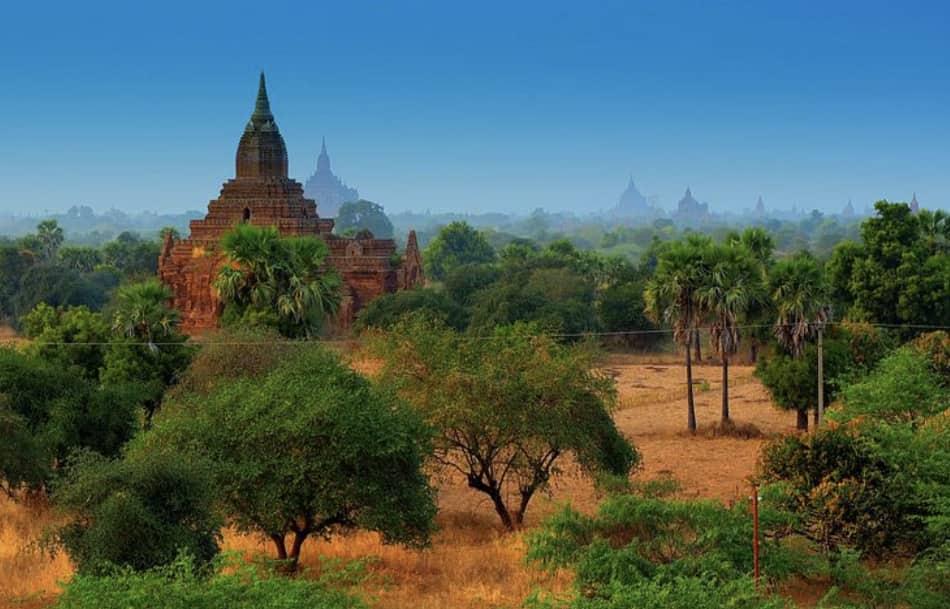 per Bagan il consiglio è di fare un giorno di visita guidata e un secondo giorno di visita libera