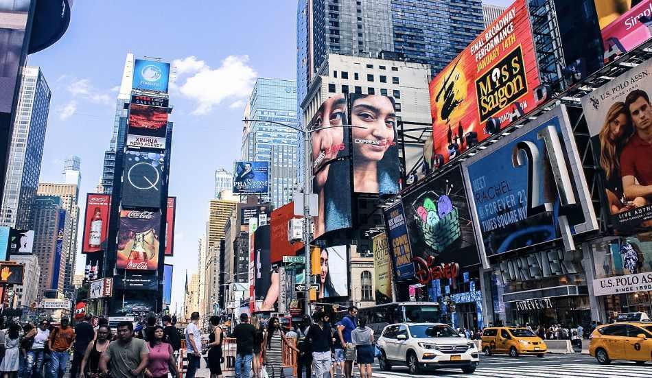Non dimentichiamo lo shopping e le luci di Times Square