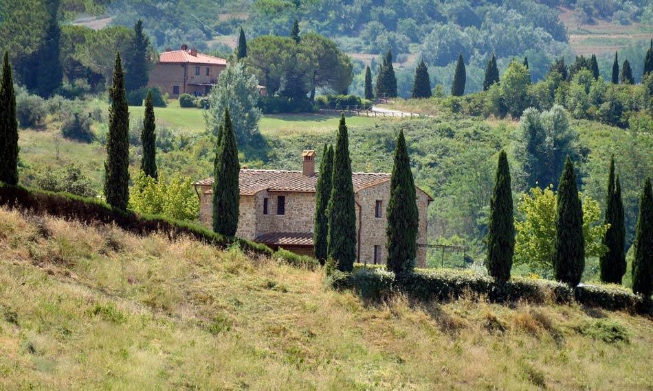 il Vin Santo viene associato alla Toscana
