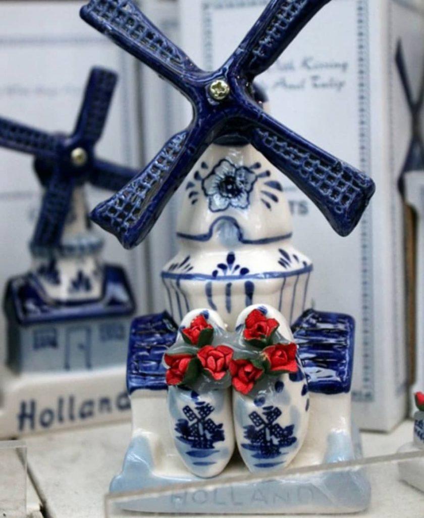 le ceramiche bianche e azzurre di Delft