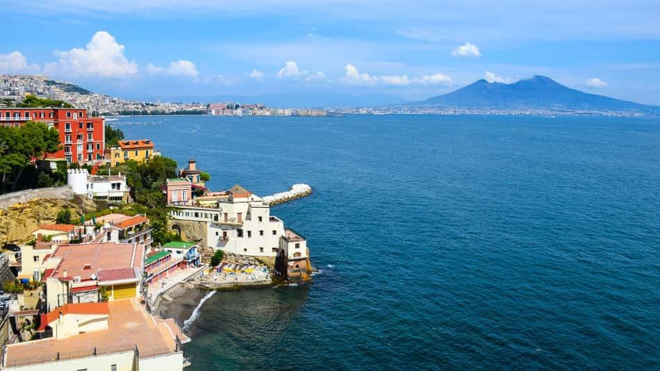 Napoli è una città con un fascino tutto suo