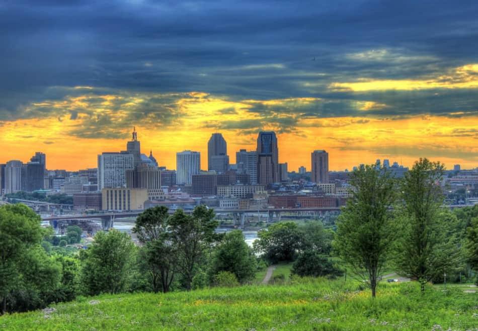 Minneapolis, il Mall più grande sul Mississippi