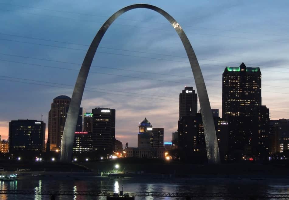 St. Louis, l'arco sul fiume
