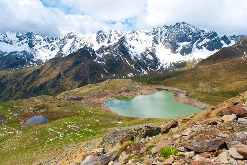 andare in montagna a sciare ad agosto