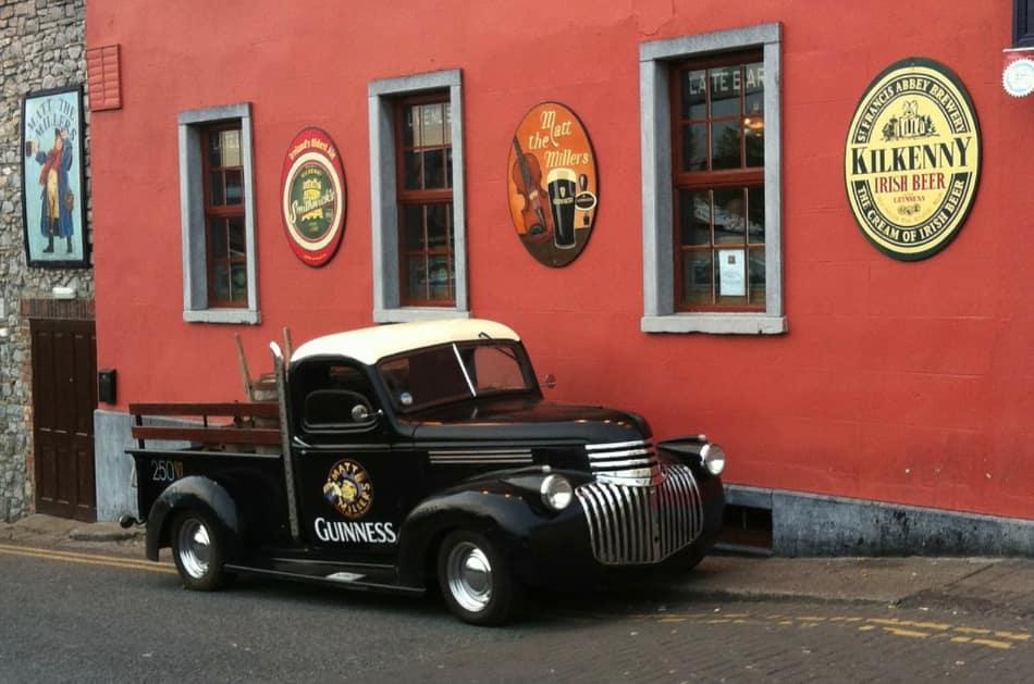 la guida del Touring definisce Kilkenny un gioiellino turistico