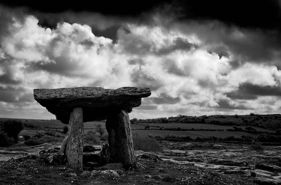 Un'icona del Burren sono proprio i suoi dolmen