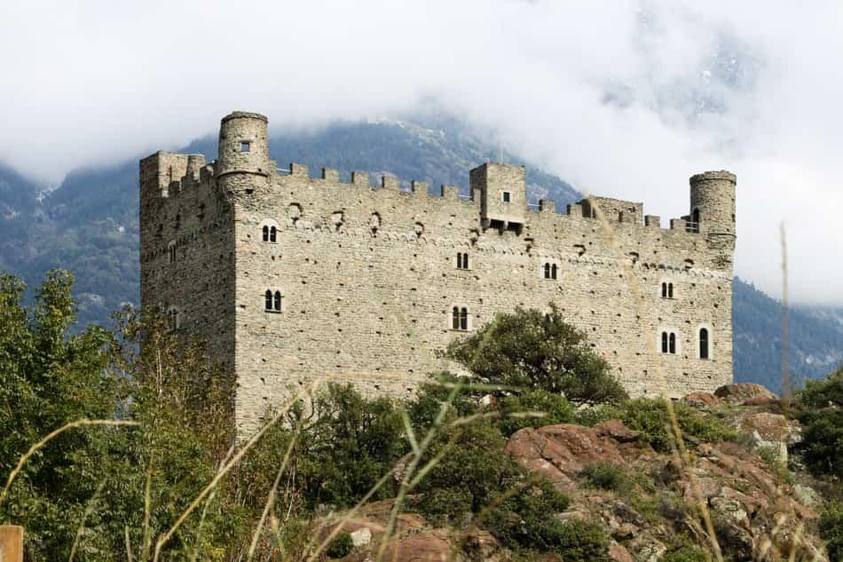 Eccoci al castello di Ussel.