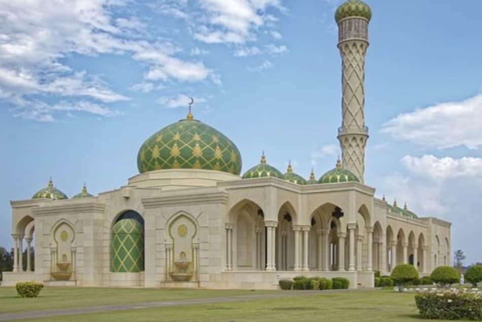 La capitale dell'Oman è stata la prima città a essere cambiata dal sultano