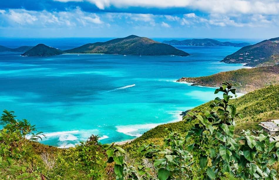 Un paradiso terrestre. Di foreste, spiagge, baie e palme